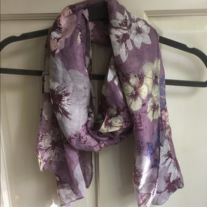 Accessories - Feminine Purple Floral Scarf
